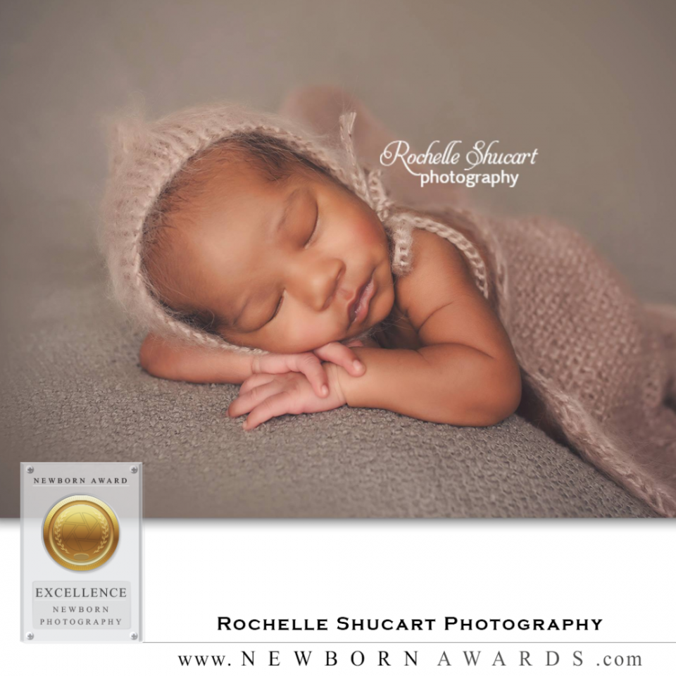 Newborn PhotosAWARDs